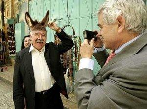 Carod Rovira en orelles de burro, ase, ruc